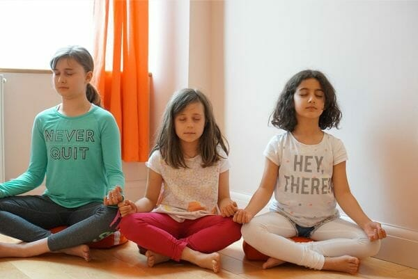 "<span style=""color: #ffffff;"">Children's Yoga Class</span>"
