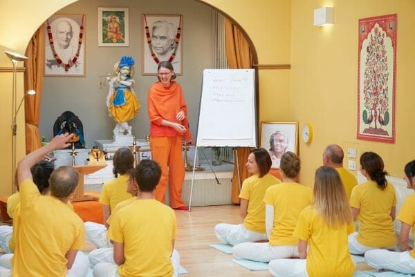 Yoga Teacher Training Courses Sivananda London Classical Yoga