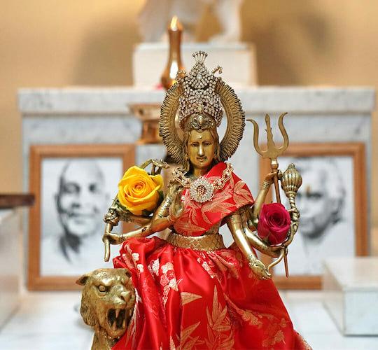 "<div style=""line-height: 1.3; color: #ce402d; font-family: catamaran; "">Spiritual Festival</br>Navaratri and Vijaya Dasami</div>"