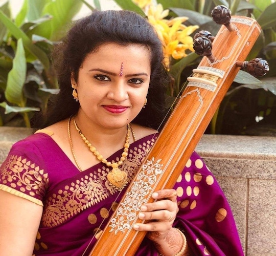 """<div style=""""line-height: 1.3; color: #ce402d; font-family: catamaran; """">Online Course: Uplifting your Emotions through Carnatic Music, with Bhavana Pradyumna</br></div>"""